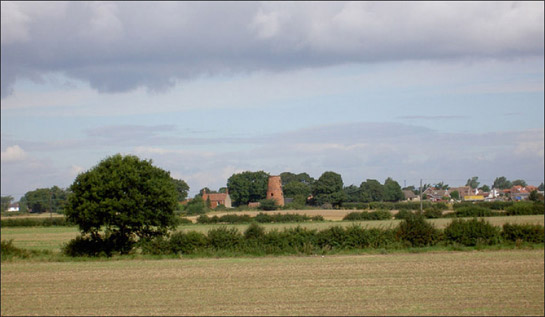 Figure 1: Lings Windmill near Dunscroft stands within well preserved surveyed enclosure, typified by straight sided hedged enclosures and regular planned layouts.