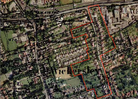 Figure 4: Part of the 'Wickersley and Bramley Early 20th Century Suburbs' character area (outlined in red) showing housing developed along both sides of a probable medieval back lane, with the housing to the west of the lane reusing, but subdividing, older burgage boundaries.